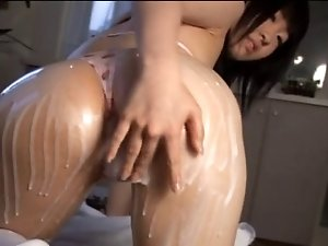 TOMISAWA Riko lotion play