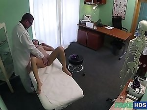 Hot brunette loves to fuck in the clinic