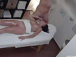 czech massage 19