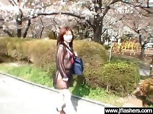 Cute Asian Girl Flash Body And Get Fucked Outdoor vid-29