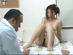 Young madam who took shower invites the visitor 2(censored)
